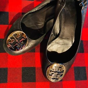 Tory Burch Reva Black Leather Flat